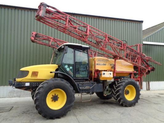 Used Multidrive 6200 C/w 30M Spraycare Sprayer