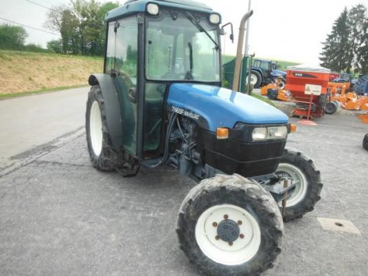 New Holland TNF 65