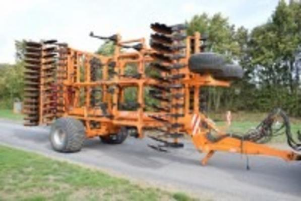SIMBA Sl700 7m C/w Stocks Seeder