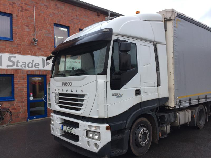 Iveco Agrar Truck Iveco Starlis 420 Sattelzug