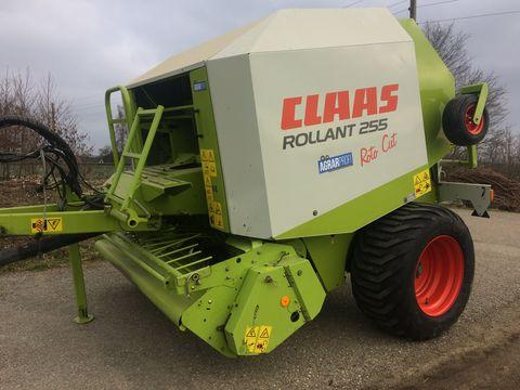 Claas Rollant RC 255