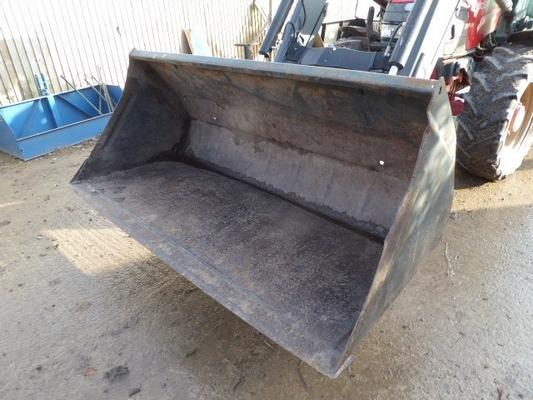 QUICKE LOADER BUCKET